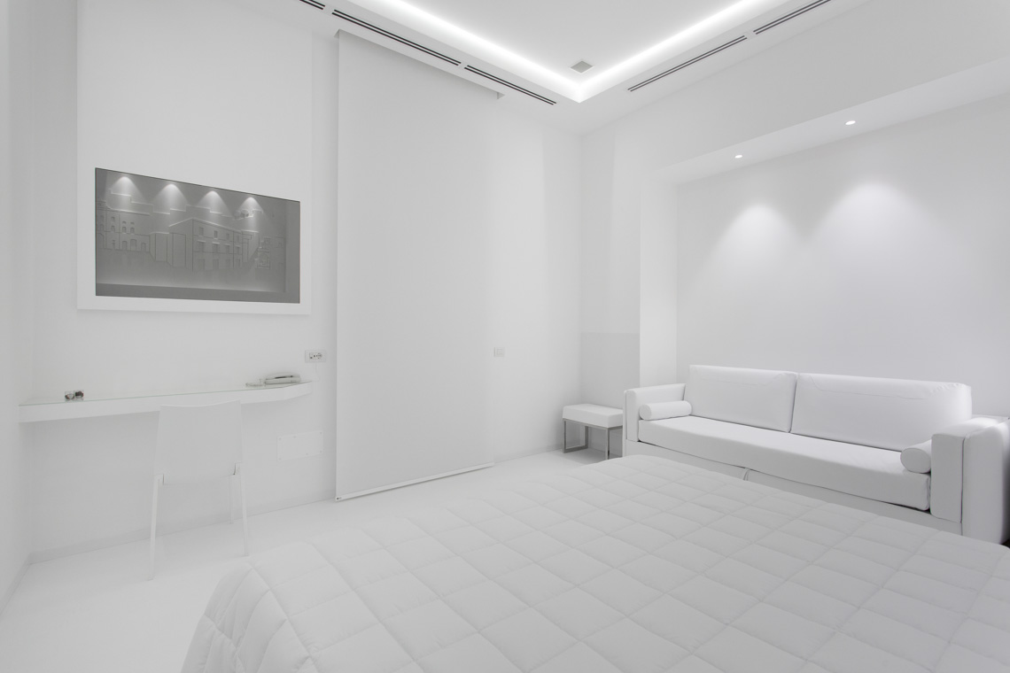white room luxury matera